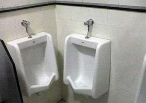 urinal01vv8